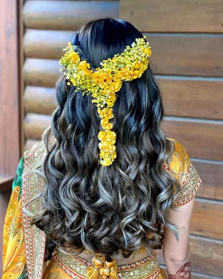 This whimsical hairstyle matches the vibe of Sagan and Mehndi Function! - 1