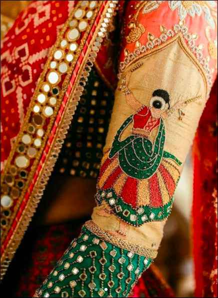 Uh oh, i am in love with this multi-hued lehenga! - 2