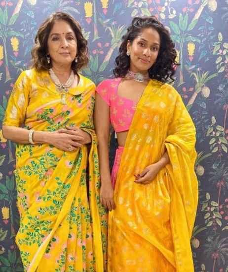 Gupta Mother - daughter duo is giviing us some major goals. - 1
