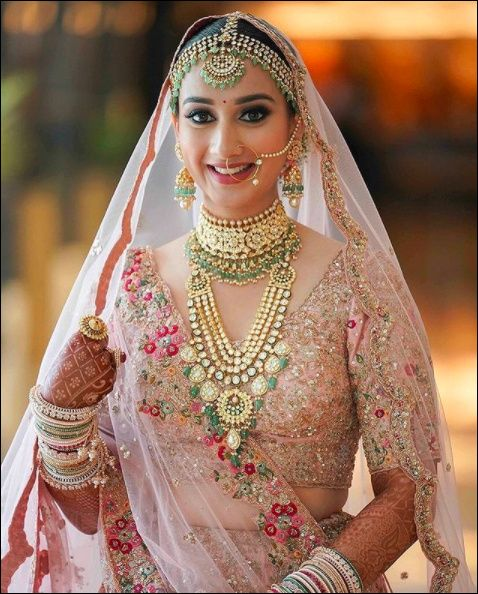 Pastel lehenga and Polki Jewels Can Never Go Wrong! 1