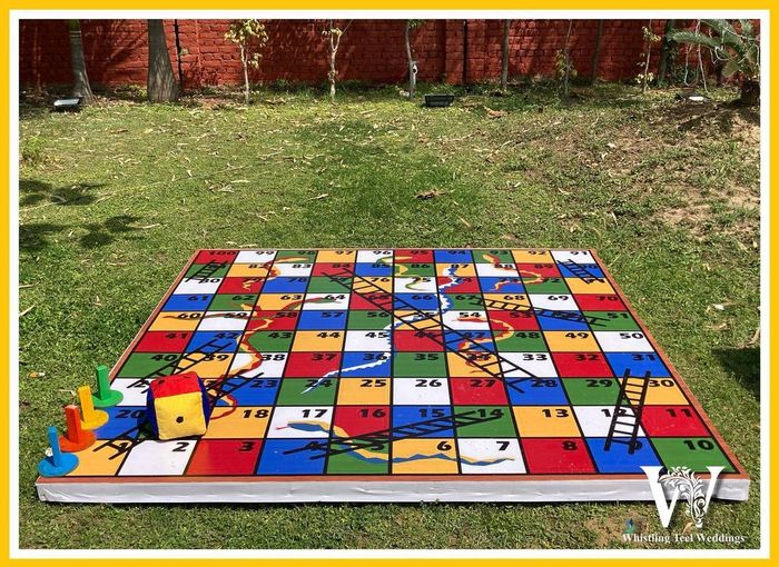 a new twist to Snakes and Ladders! 1