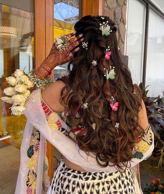 This hairdo looks so pretty! 1
