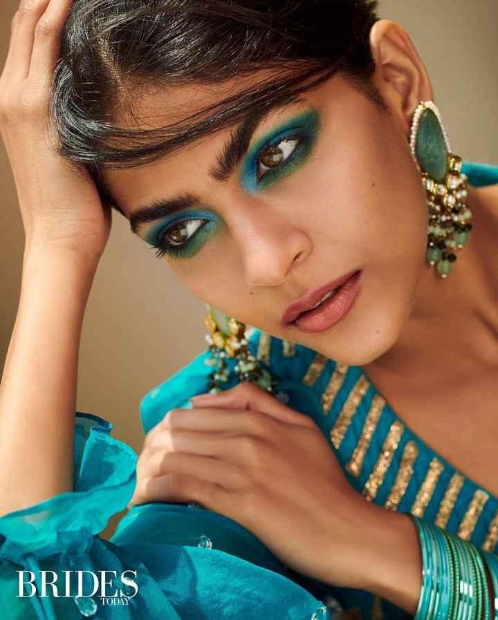 Vivid Eye Makeup For Summer Weddings - 1