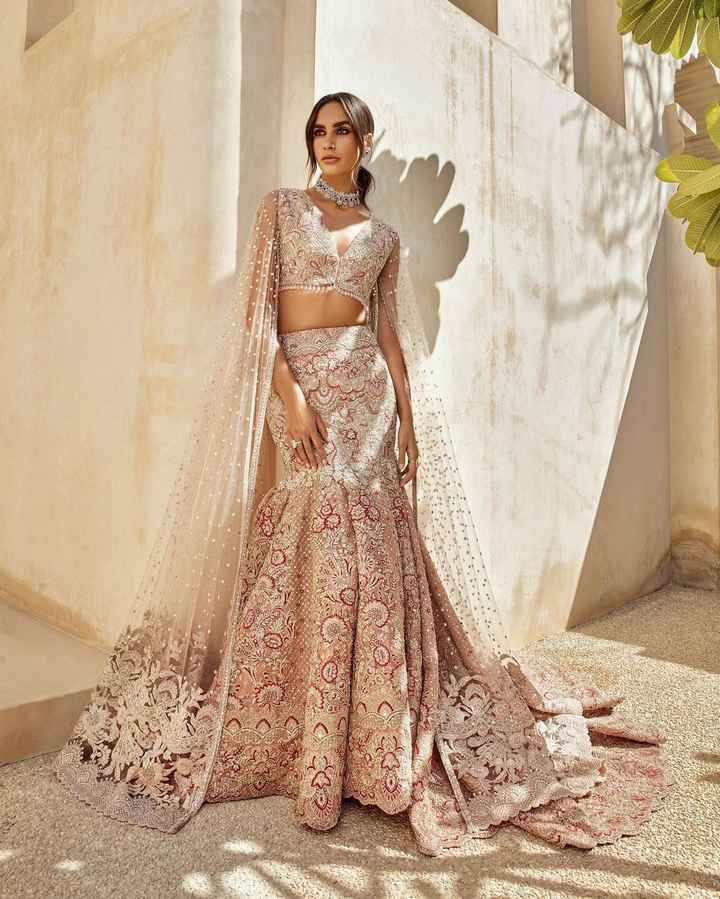 How about wearing such an outfit at the reception function? - 1