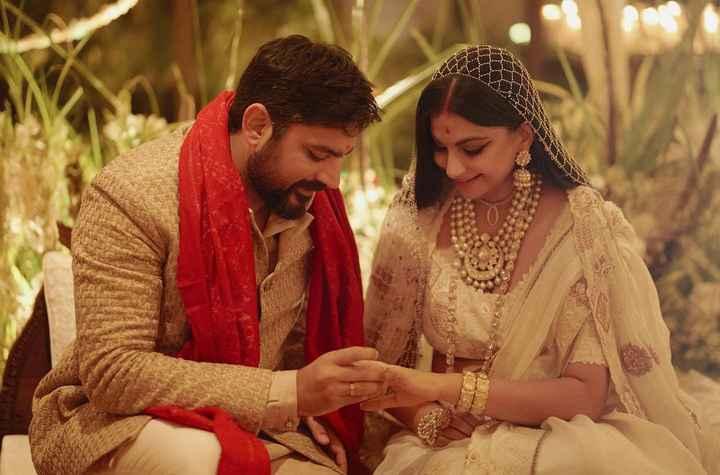 Celebrity stylist Rhea Kapoor & film maker Karan Boolani's home wedding! - 1