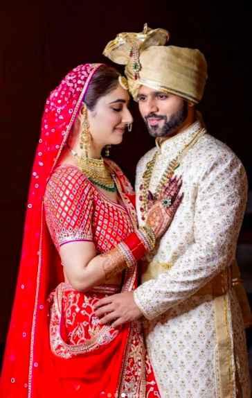 Rahul and Disha look so adorable! - 1