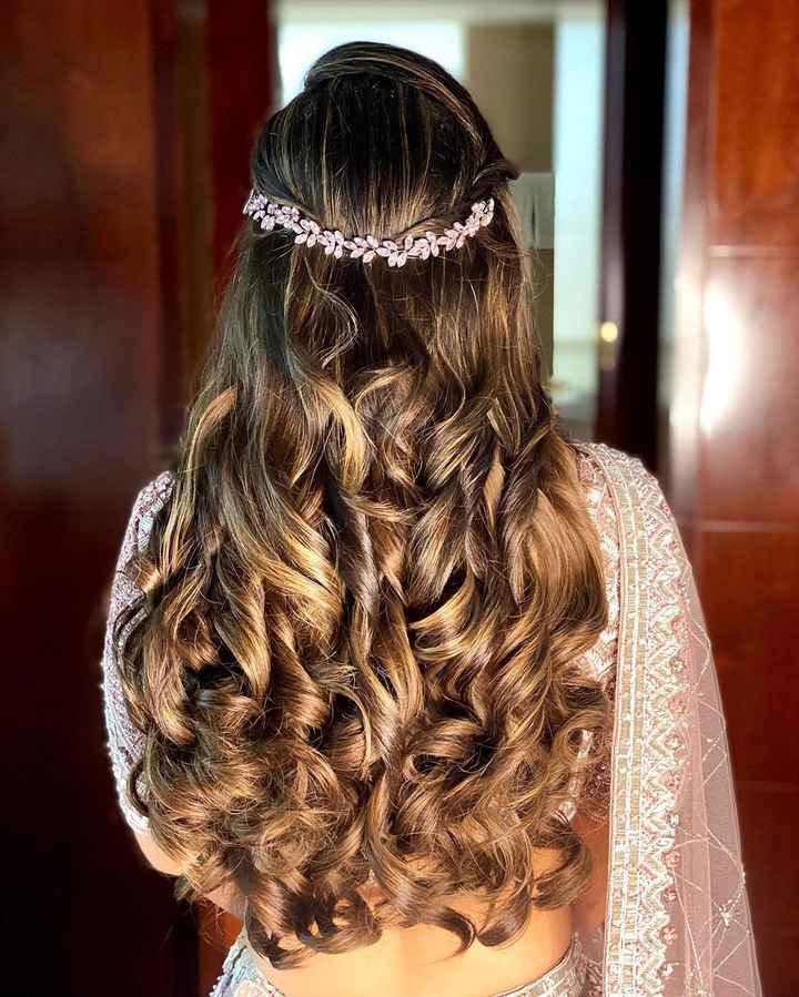 Full Volume Curls On Mehndi Night! - 1