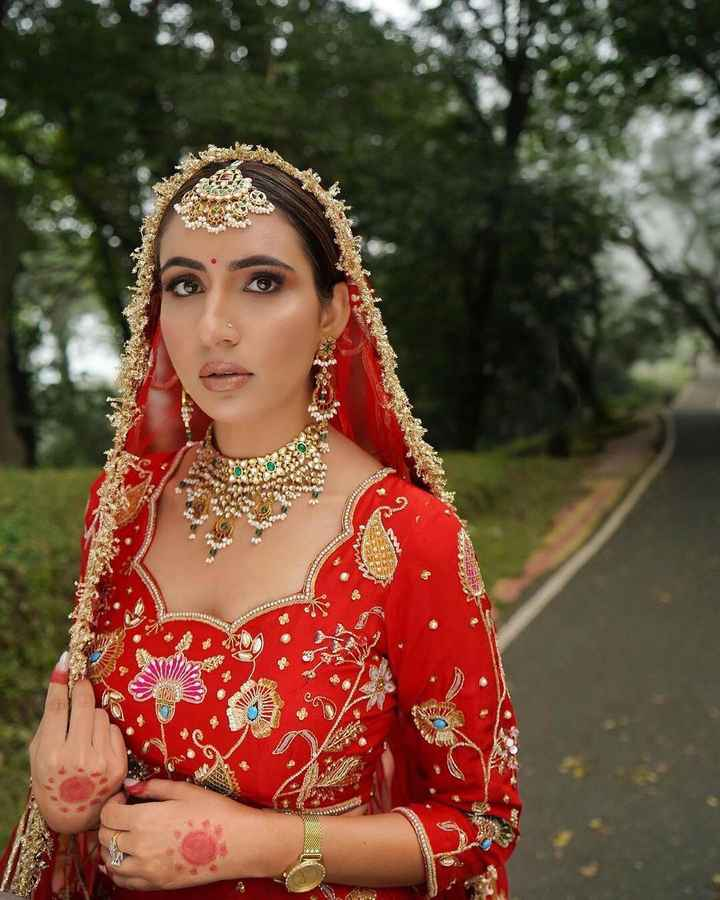 i am totally in love with this oh-so-pretty crimson lehenga! - 1