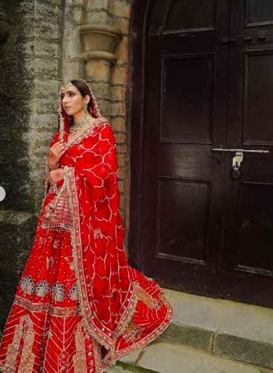 i am totally in love with this oh-so-pretty crimson lehenga! - 2