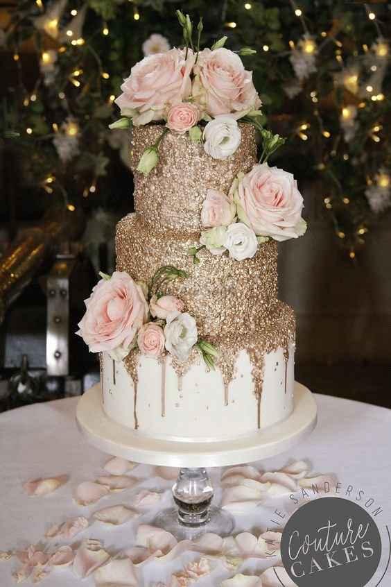 Ever heard of an embellished cake? 😍 - 1