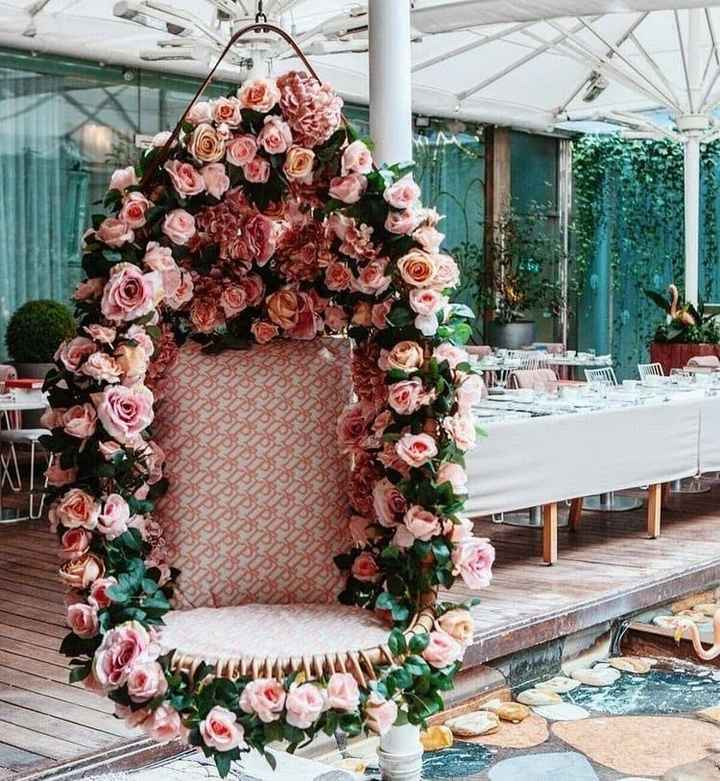 a perfect hanging floral swing for your Gala Dinner! - 1