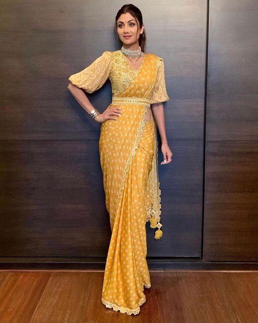 Shilpa Shetty Looks So Pretty In This Bandhani Saree! - 1