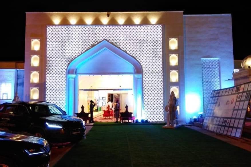 Mor Banquet And Resort