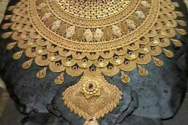 Abhinandan jewellers