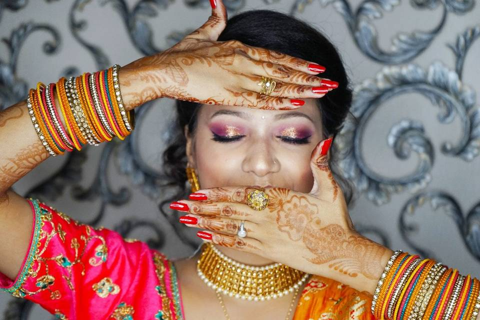 Glam Makeovers by Nandini Pandey