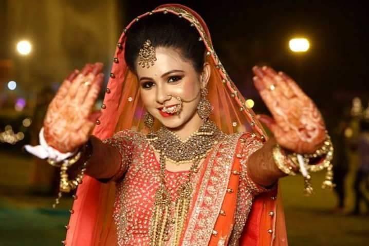 Pinky Makeup Artist, Noida