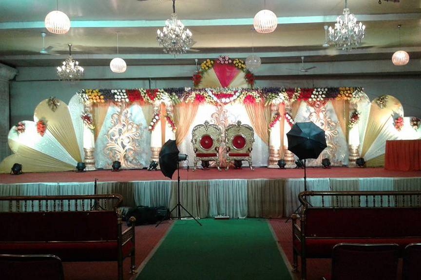 Arshad Baba Flower Decorations