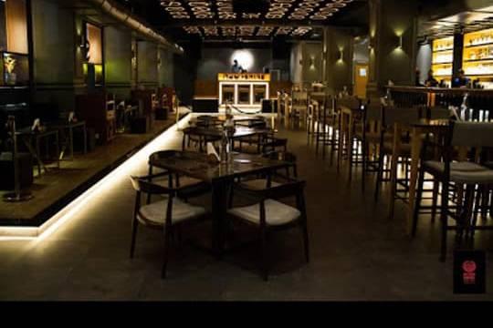 Moonshine Cafe & Bar