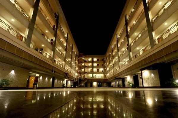 Aurangabad Gymkhana Hotel And Club