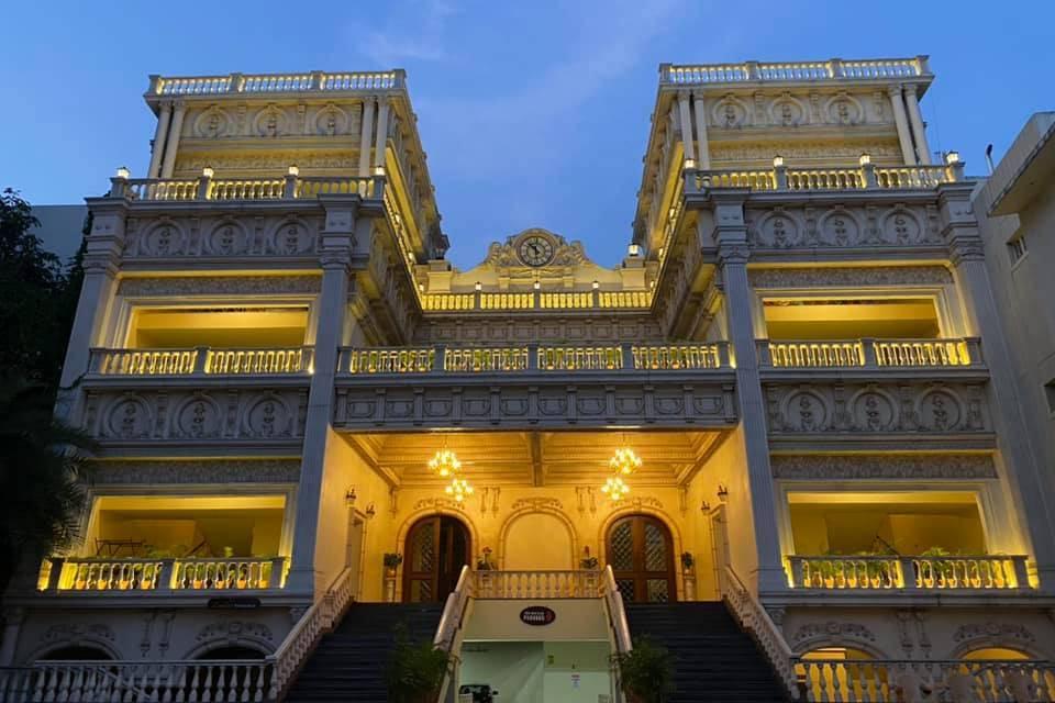 Royal Classic Convention Center,  Yakhutpura