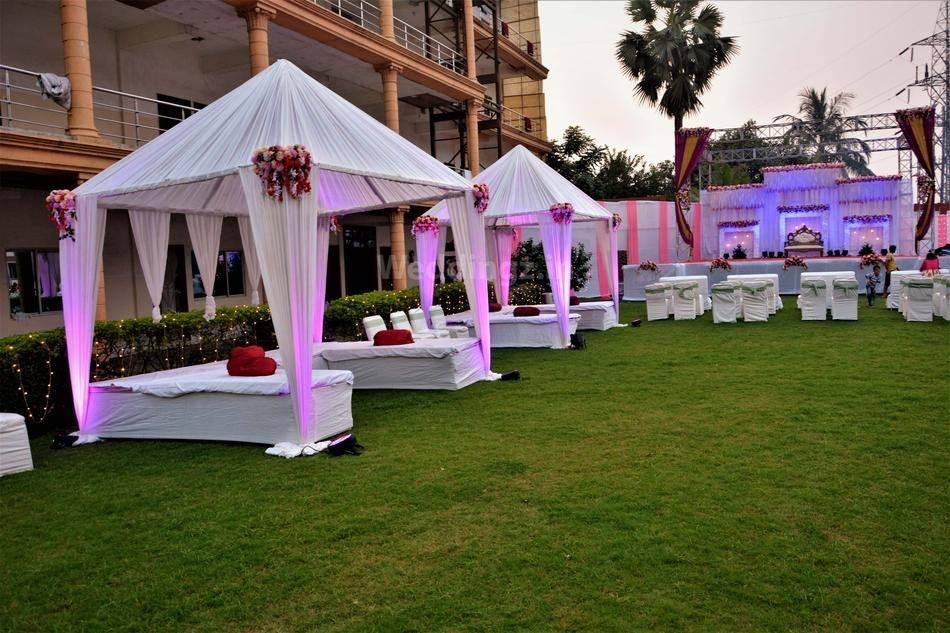 Aristro Club Luxury Resort