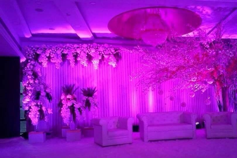 Banquet hall decoration