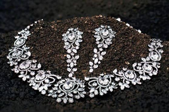 SIA Jewellery, Alkapuri