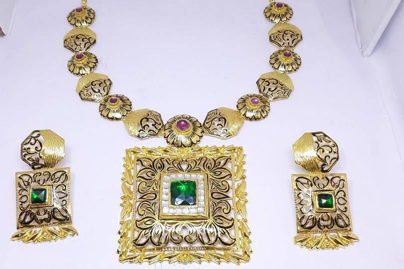 Standard Jeweller