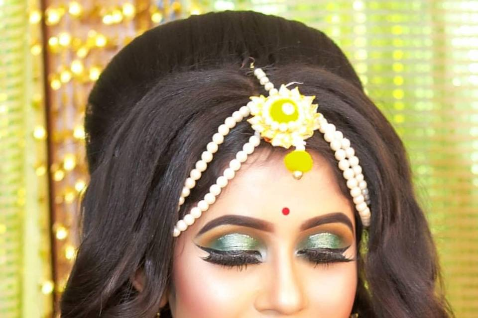 Arpi's The Divine Touch Makeover