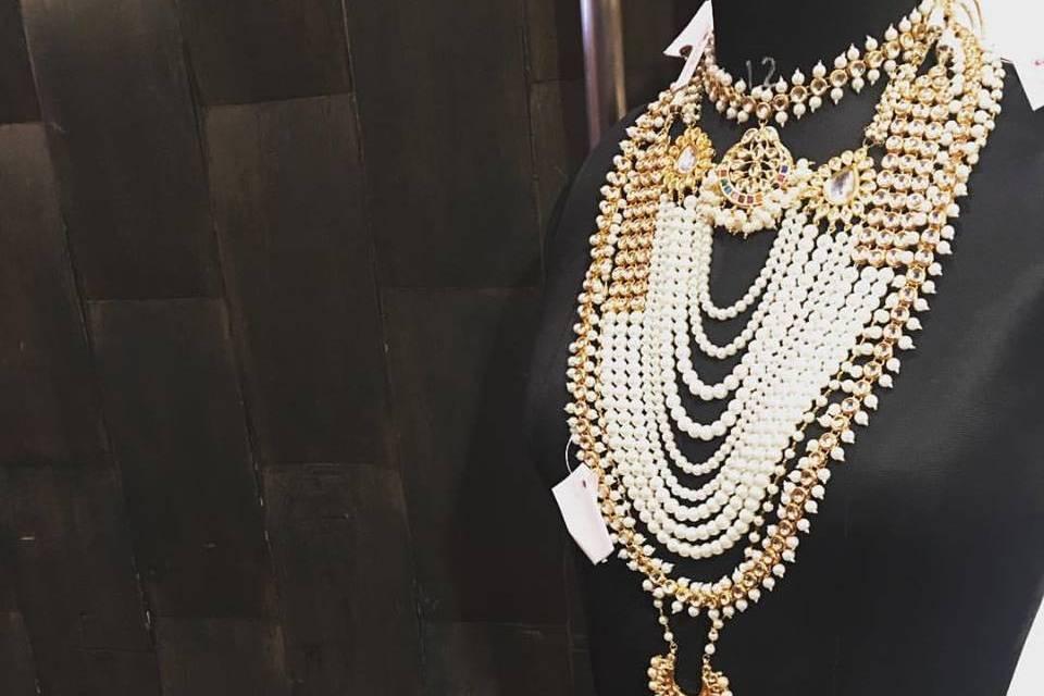 Ruby Raang Jewellery Studio