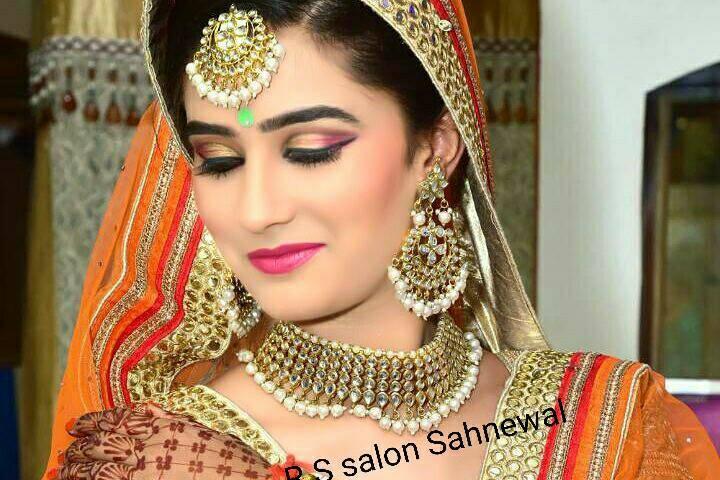 Royal Unisex Salon & Spa, Sahnewal