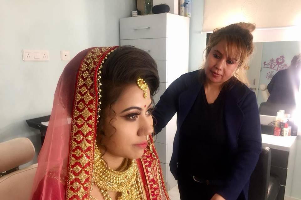Bridal Makeup Service At Patna By Reema Pandey & Moin