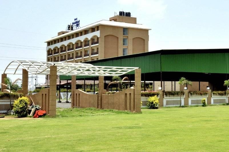 Hotel President Park, Indore