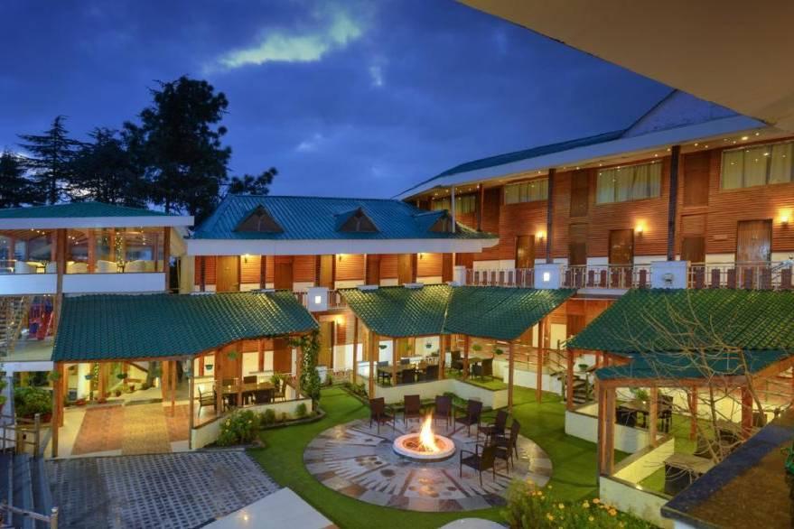 LivingStone Treehouse Resort Chail