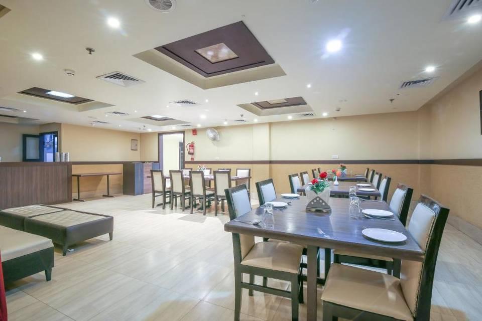 Hotel Pratap International By Shrigo Hotels