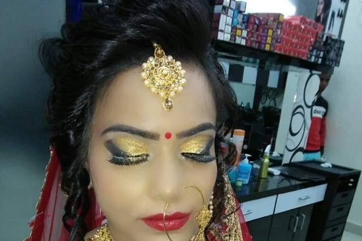 RLaunch Salon, Dhanbad