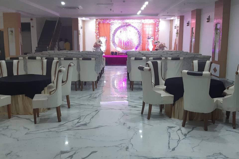 Hotel Swess Grand, Agra