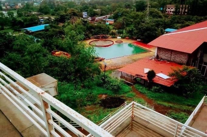 Hotel Raj Cottage & Resorts