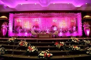 Ferns N Petals - Florist & Gift Shop, Rohini