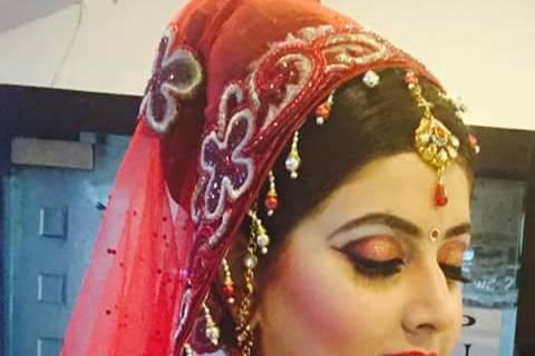 Rahul - Make up & Hair Stylist